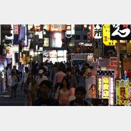 歌舞伎町繁華街(C)日刊ゲンダイ