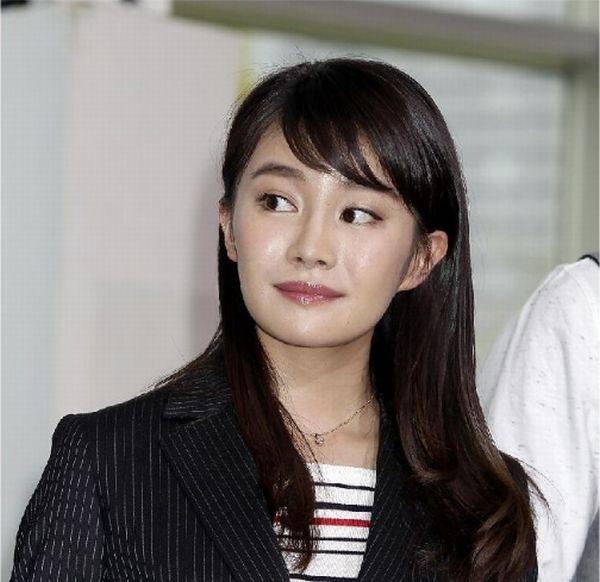 やはり女優か(写真は2015年4月のもの)/(C)日刊ゲンダイ