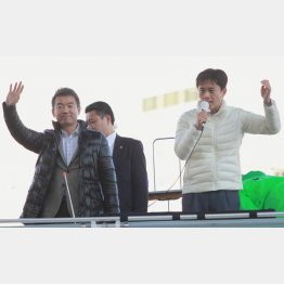 橋下市長が吉村候補(右)を連日応援