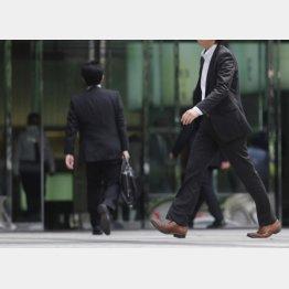 """朝型勤務の""""経済効果""""は850億円"""