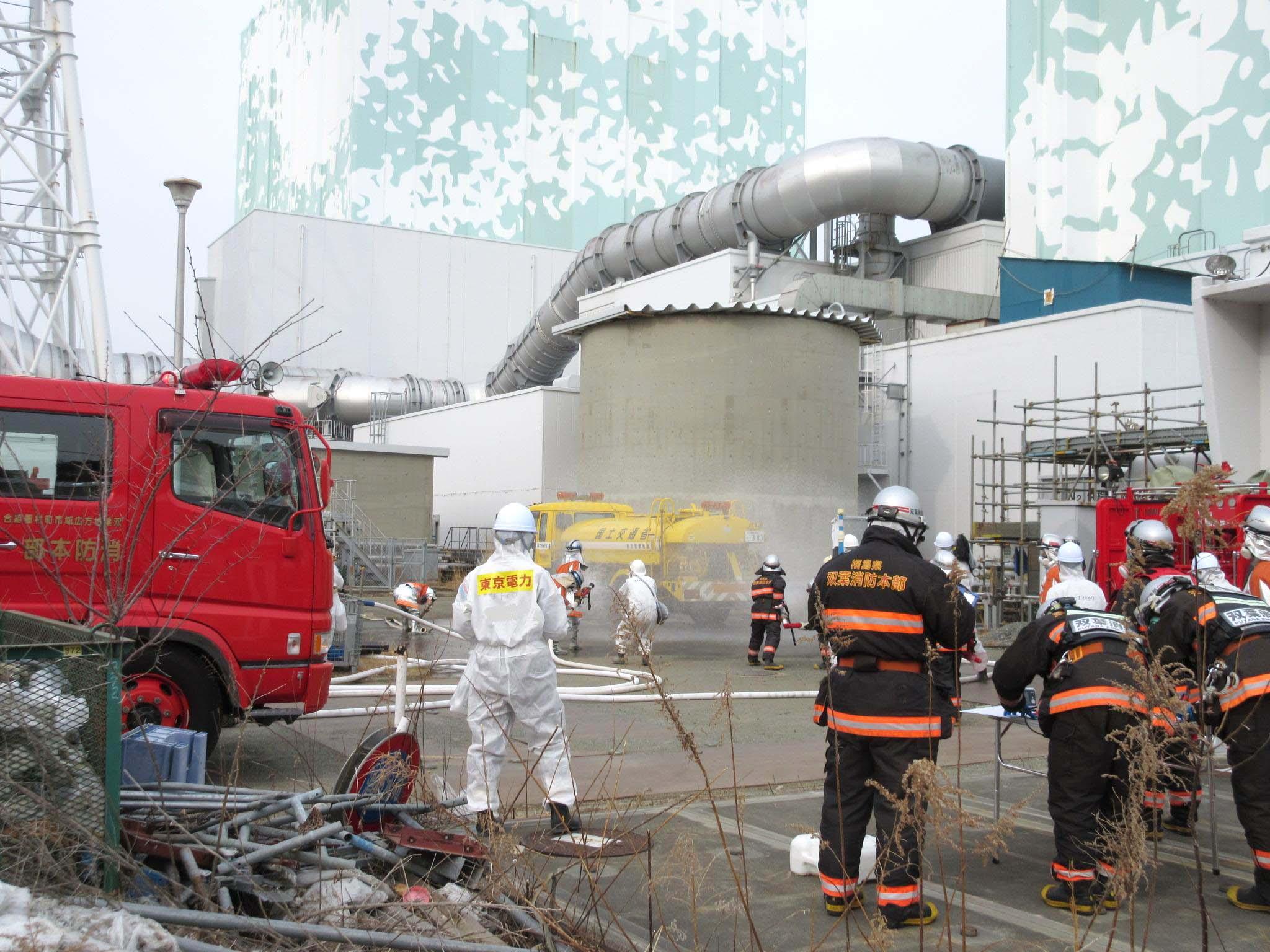 福島第一原発での原子力防災訓練(東京電力提供)