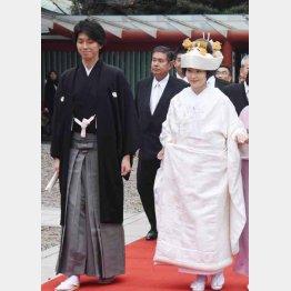 日枝神社で盛大に挙式(C)日刊ゲンダイ