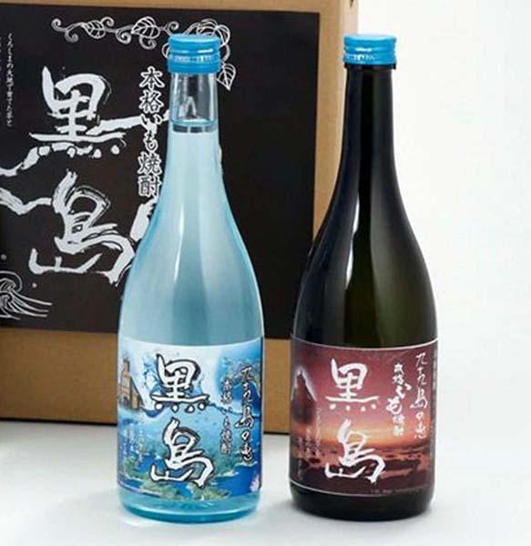 黒島の銘酒「焼酎黒島」(提供写真)