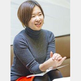 「週刊文春Woman」の井崎彩編集長(C)日刊ゲンダイ