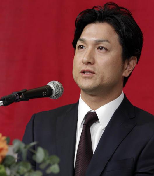 高橋監督の妻は元日テレのアナウンサー(C)日刊ゲンダイ