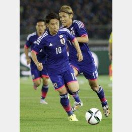日本代表での香川は「忙しすぎる」との指摘が(C)日刊ゲンダイ