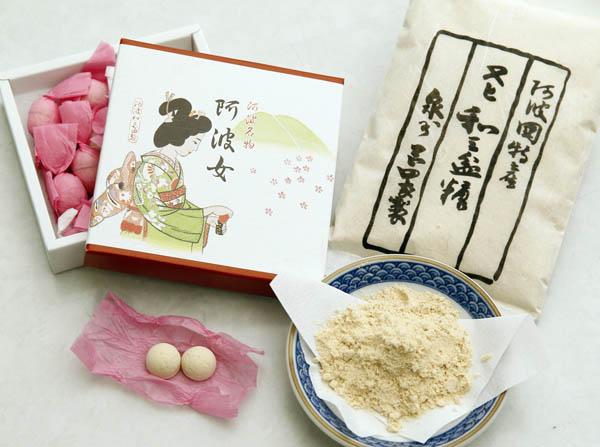 徳島県岡田製糖所の和三盆糖(C)日刊ゲンダイ
