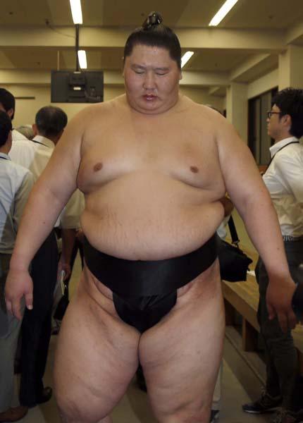 逸ノ城の体重は210キロ(C)日刊ゲンダイ
