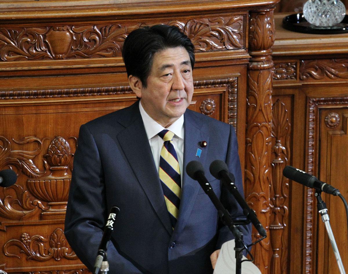 すぐ感情的になる安倍首相(C)日刊ゲンダイ