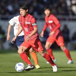 決勝で2得点の東福岡MF中村(C)大内翔太/フォート・キシモト