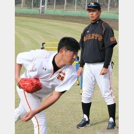 昨秋マンツーマン練習を行った尾花コーチと内海