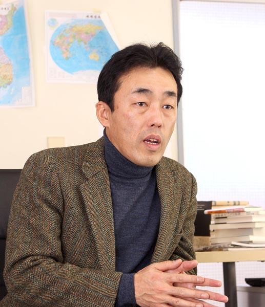 高英起さん(C)日刊ゲンダイ