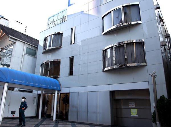 """亀梨が""""異色の大怪盗""""を演じる(C)日刊ゲンダイ"""