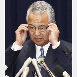 """""""雲隠れ""""を続ける甘利前大臣(C)日刊ゲンダイ"""