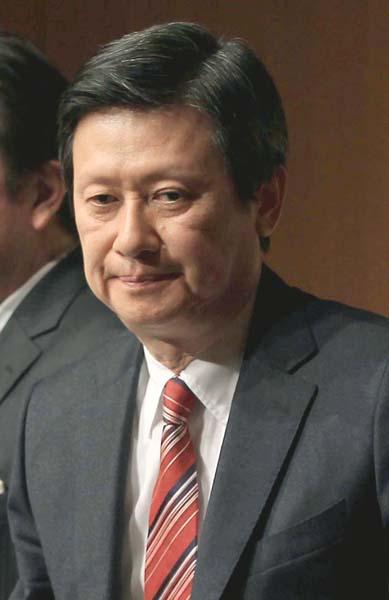 逆襲に出た長男の宏之氏(C)日刊ゲンダイ