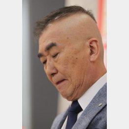 演歌歌手との不倫騒動を謝罪(C)日刊ゲンダイ