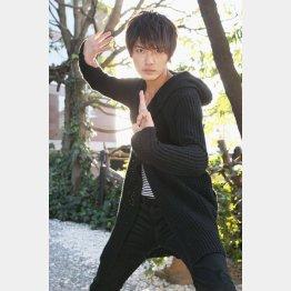 「アカニンジャー」役だった西川俊介(C)日刊ゲンダイ