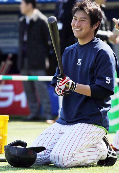 昨年の首位打者・川端も戻ってきた(C)日刊ゲンダイ