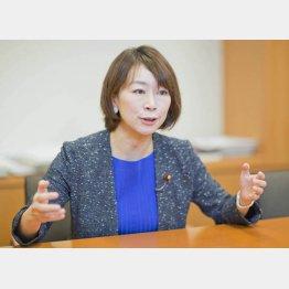 「総理はいざ対等になってくると不安になる」(C)日刊ゲンダイ