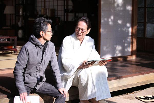 石井監督との穏やかな現場(C)2015「蜜のあわれ」製作委員会