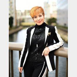 """「愛するってこわい」がヒットした""""じゅん&ネネ""""のじゅんさん(C)日刊ゲンダイ"""