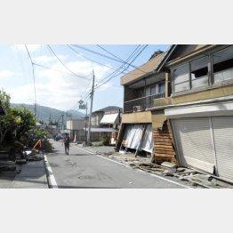 益城町の被害の様子(C)日刊ゲンダイ