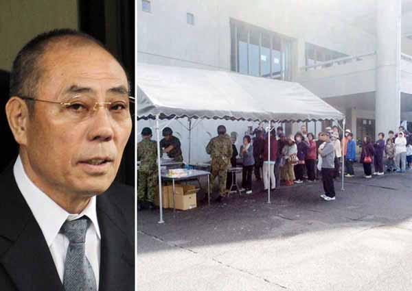 自衛隊の救援活動(右)とは別の支援を始めた神戸山口組の井上邦雄組長/(C)日刊ゲンダイ