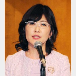 「まず1%引き上げも選択肢」と発言した稲田朋美政調会長(C)日刊ゲンダイ