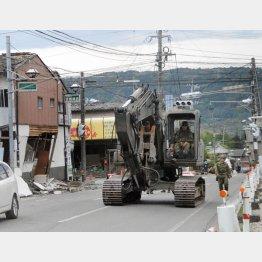 熊本地震に機動隊3500人(C)日刊ゲンダイ