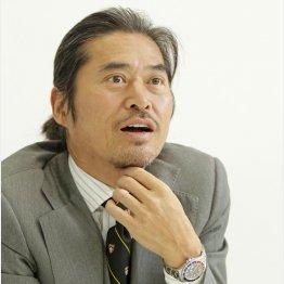 「シロクマを助けたい」と早川社長(C)日刊ゲンダイ