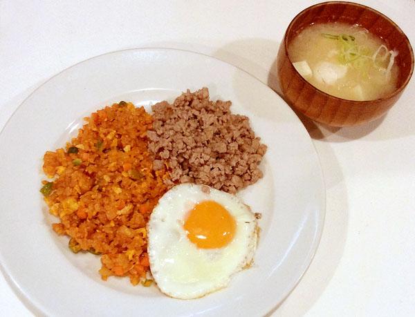 卵の味噌汁とよく合う(C)日刊ゲンダイ