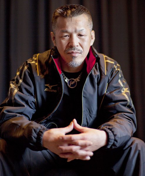 辰吉丈一郎は薬師寺に僅差で敗れた(C)日刊ゲンダイ