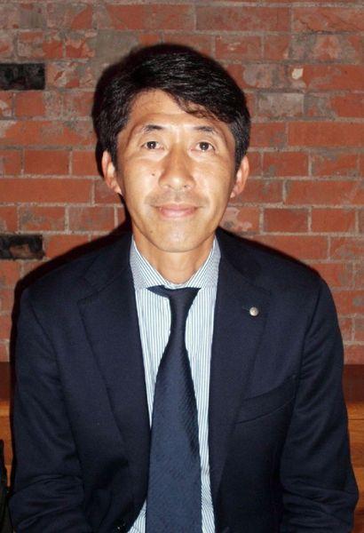 「弁護士になった今も勉強ばかりです」と八十祐治さん(C)日刊ゲンダイ
