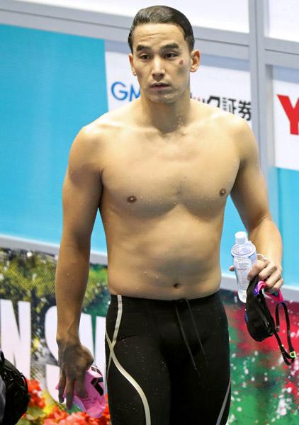 松田は選手の兄貴分的存在(C)日刊ゲンダイ