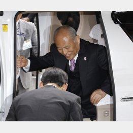 初登庁時の舛添都知事(C)日刊ゲンダイ