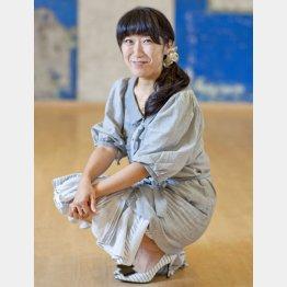 個展を開催する大宮エリー(C)日刊ゲンダイ