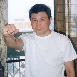タイに乗り込んでベルトを守った勇利アルバチャコフ(C)日刊ゲンダイ