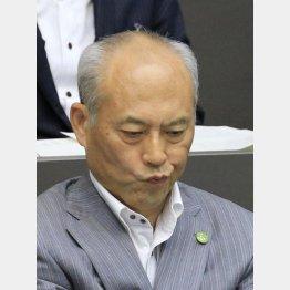 集中審議決定で崖っぷち(C)日刊ゲンダイ