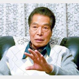 若者に人気の小説に目をつけた三遊亭円楽(C)日刊ゲンダイ