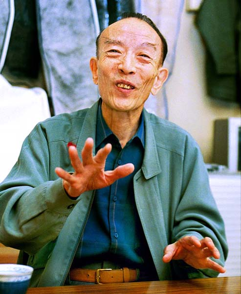 自伝で笑点メンバーへの思いをつづった桂歌丸(C)日刊ゲンダイ