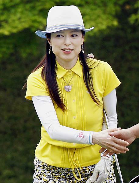 27歳でゴルフを始めた藤田佳子さん(C)日刊ゲンダイ