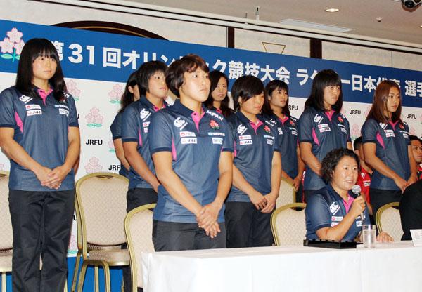 女子7人制ラグビー日本代表最終候補の選手たち(C)日刊ゲンダイ