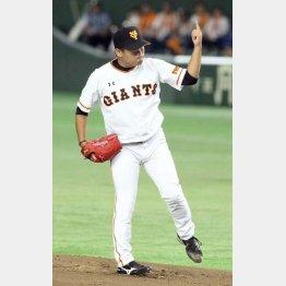 田口はライバルと同じユニホームを着ることになるか(C)日刊ゲンダイ