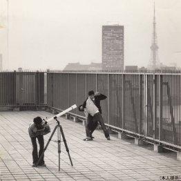 33年前の東京の空は大きかった(映画「家族ゲーム」から)/(提供写真)