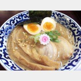 斑鳩の「東京駅 らー麺」