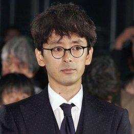 共演の滝藤賢一と意気投合(C)日刊ゲンダイ