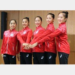 リオ五輪新体操団体代表メンバーの5人(C)日刊ゲンダイ