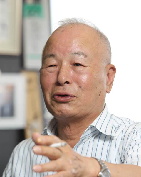 タビオの越智直正会長(C)日刊ゲンダイ