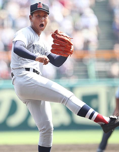 毎回の13奪三振と好投した横浜高校の藤平投手(C)日刊ゲンダイ