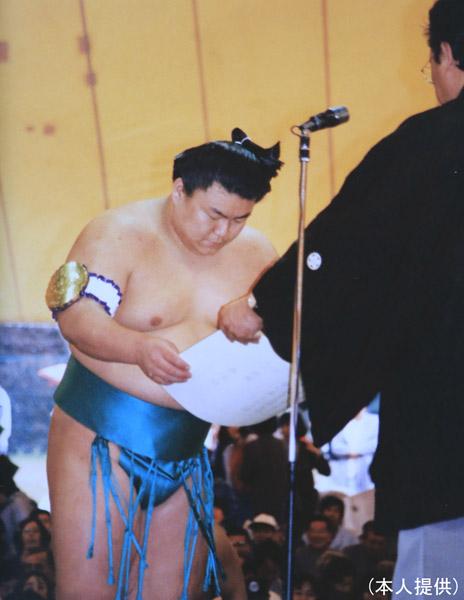 93年の第38回「神宮奉納大相撲」で優勝(提供写真)
